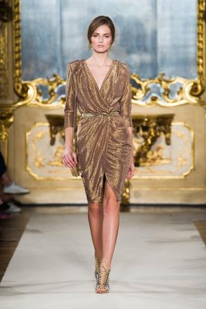 elisabetta-franchi-ss-2015-golden-dress