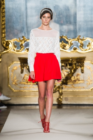 elisabetta-franchi-ss-2015-red-skirt