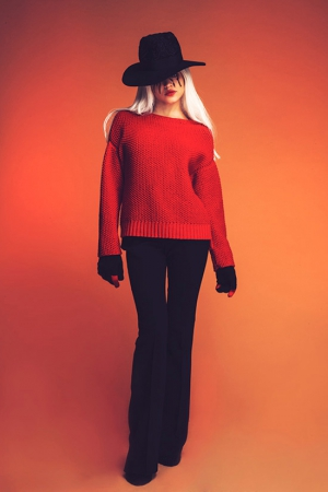 red-ksenia-kireeva-autumn-winter-2013-2014-knitted-sweater