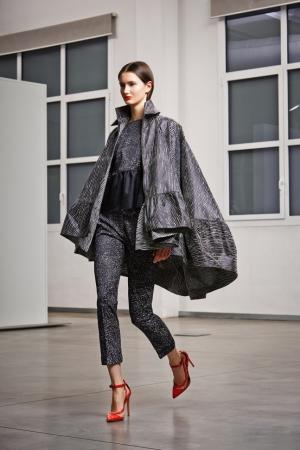 pre-fall-2014-antonio-berardi-grey-coat