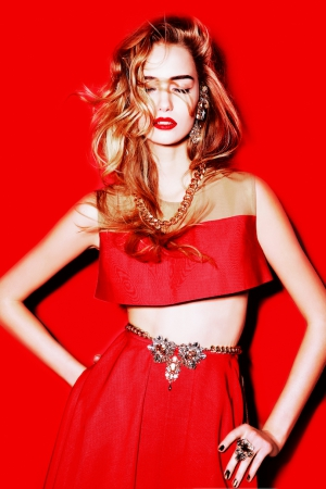 totalred-by-alexander-rogov-christmas-capsule-collection-transperent