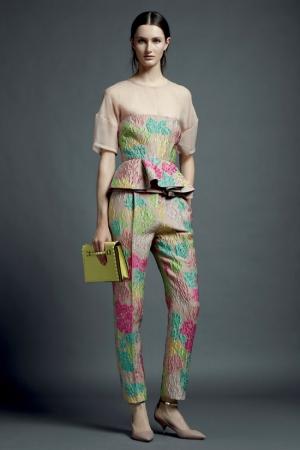 valentino-resort-2013-3-flower-suit