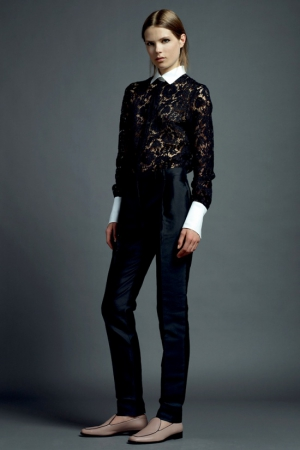 valentino-resort-2013-35-black-suit