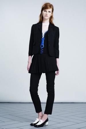 viktor-rolf-resort-2014-black-costume-blue-zippon