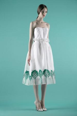 vika-gazinskaya-spring-summer-2014-skirt-with-green-forest