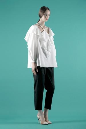 vika-gazinskaya-spring-summer-2014-wide-blouse
