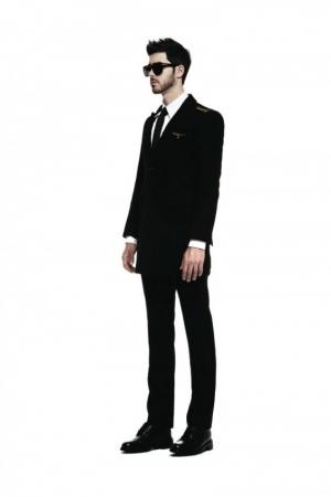 zero_underscore-fall-winter-2013-2014-mens-fashion-black-suit