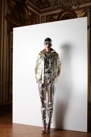 lanvin-resort-2013-lanvin-metallic-suit