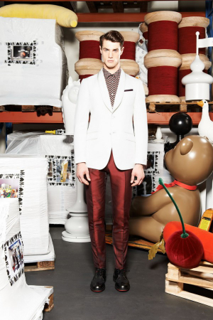 Moschino-Spring-Summer-2014-Menswear-white-milk-jacket-red-pants