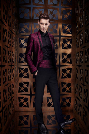Roberto-Cavalli-Spring-Summer-2014-Men's-Fashion-bordo-tuxedo